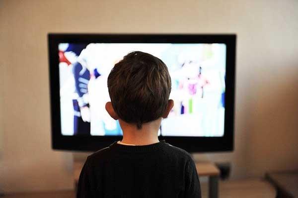 dampak negatif televisi