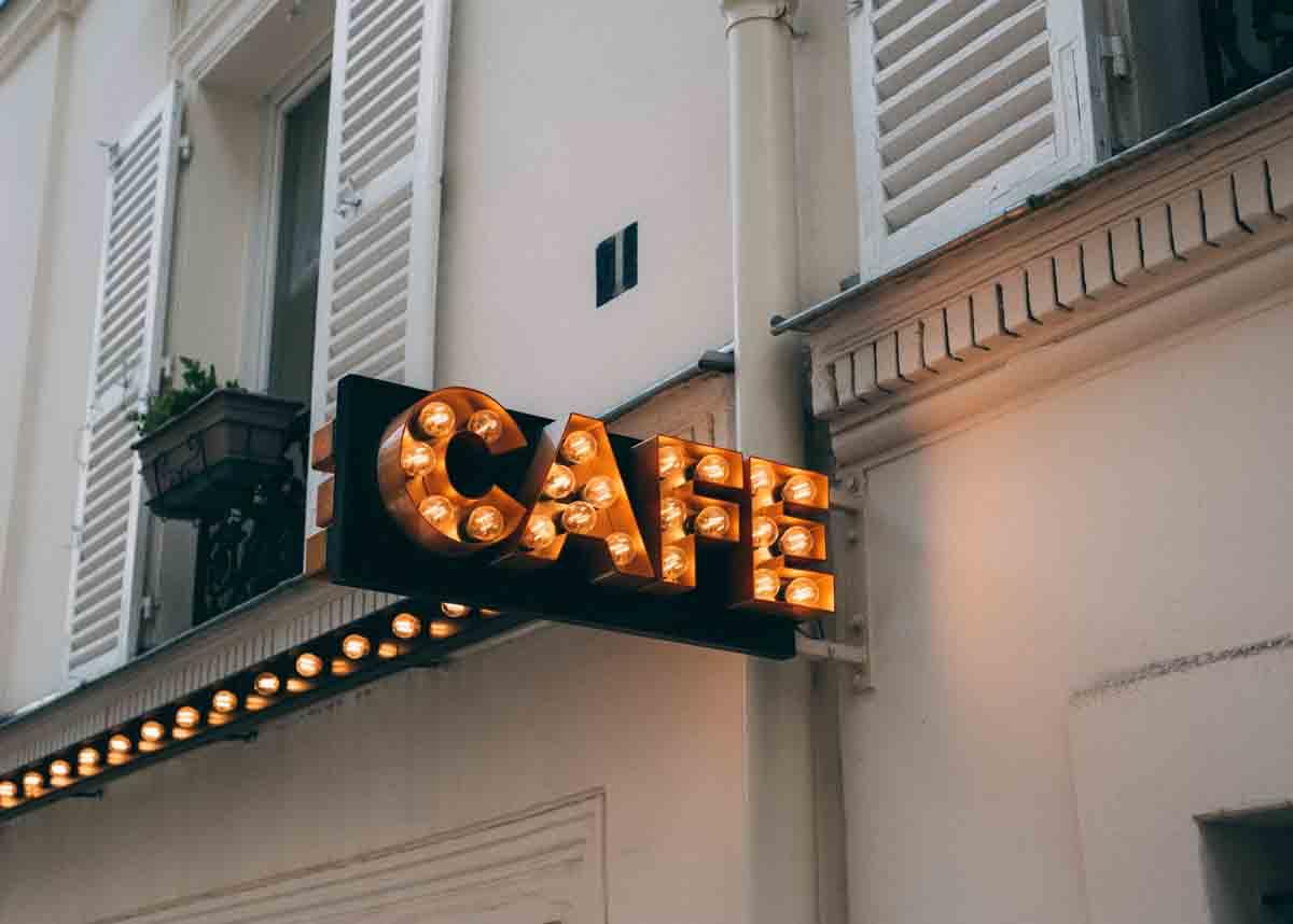 Modal Buka Cafe